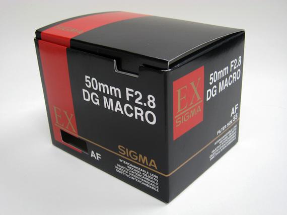 SIGMA 50mmの箱