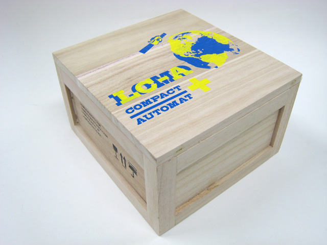 LOMO の箱