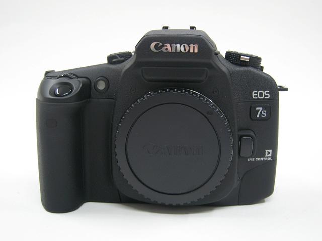 EOS 7s の正面写真